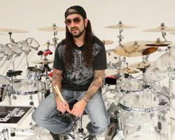 20 de Abril, cumple 49 años Mike Portnoy, baterista de Dream Theater.