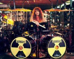 Nick Menza, exbaterista de Megadeth, murió en pleno show