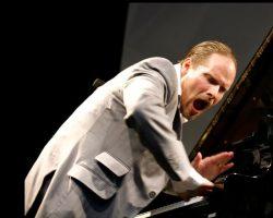 Esta noche se presentará el pianista sueco Ulf Sanstrom en Angostura