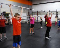 Angostura: Ahora los adolescentes podrán practicar Levantamiento de Pesas en las Escuelas Municipales Deportivas