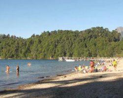 Este viernes, reabre para uso diurno el balneario de Lago Espejo: conocé cuáles permanecen cerrados y cuáles operan normalmente