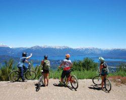 Cerro Bayo lanza su temporada de verano con su bike park